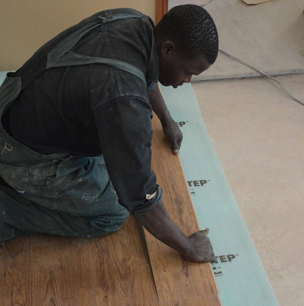 installing-with-click-laminate-flooring-decomagna-kenya-1